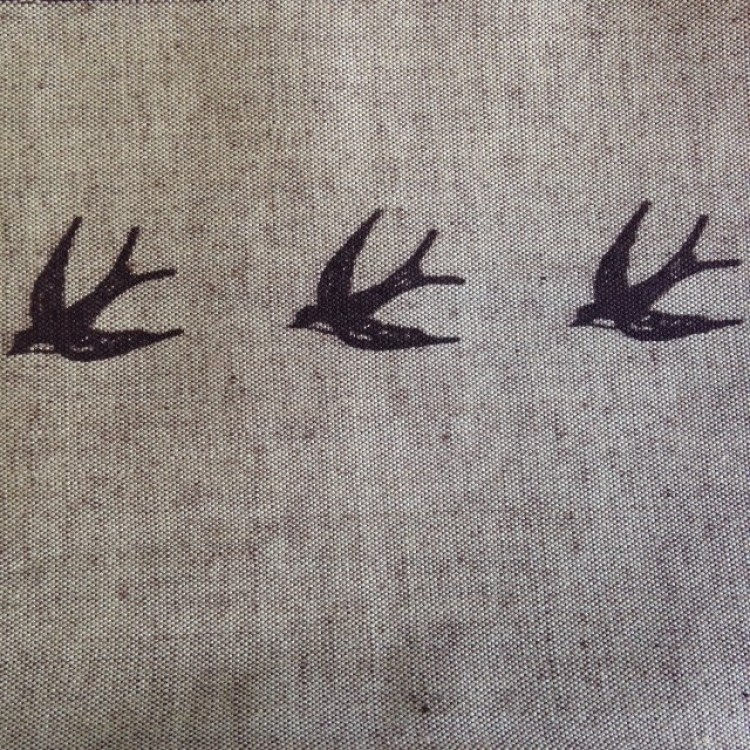 Border Swallows on Linen Look